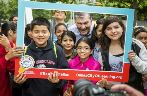 Students from Saldivar Elementary helped Mayor Mike Rawlings kick off City of Learning.